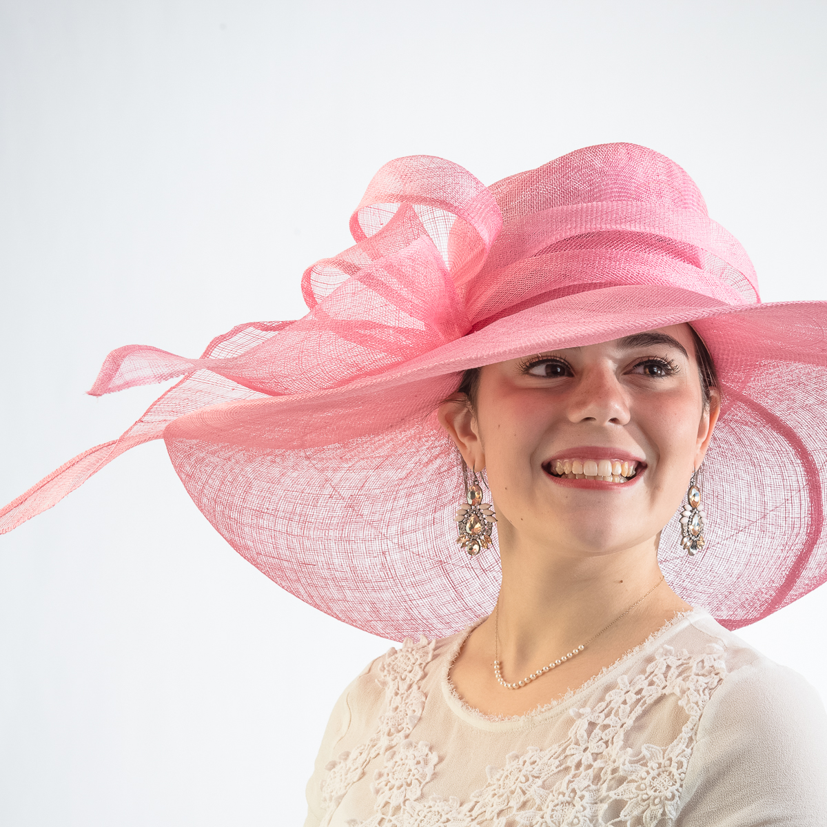 The UK's number one resource for Pink hats and fascinators. Specialising in Pink hats and fascinators for all occasions.