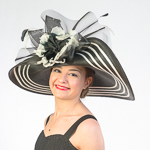 Black / White Two-Tones Swinger Sun Protection Straw Hats