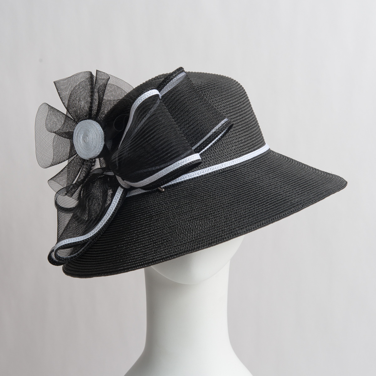 bd8ff9d307e2f4 Black-White Two-Tones Bow Sun Protection Straw Hats-301779-BK.WT- Sun Yorkos  | KaKyCo Accessories