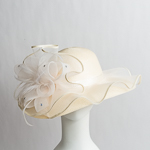 Ivory Beautiful Wave Trim Sun Protection Straw Hats