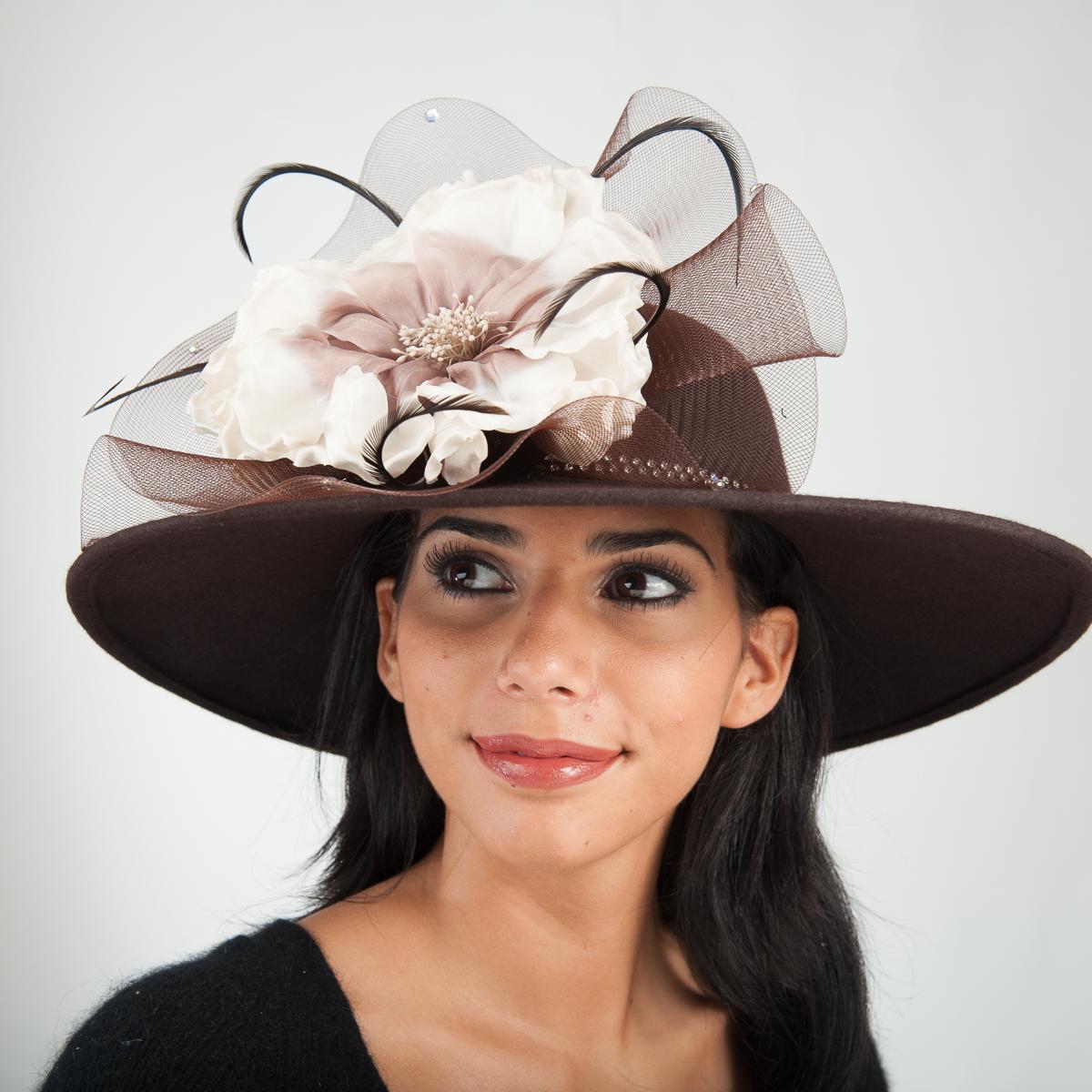 Brown Beige Swinger With Large Silk Flower Hats 400634 Bn Sun