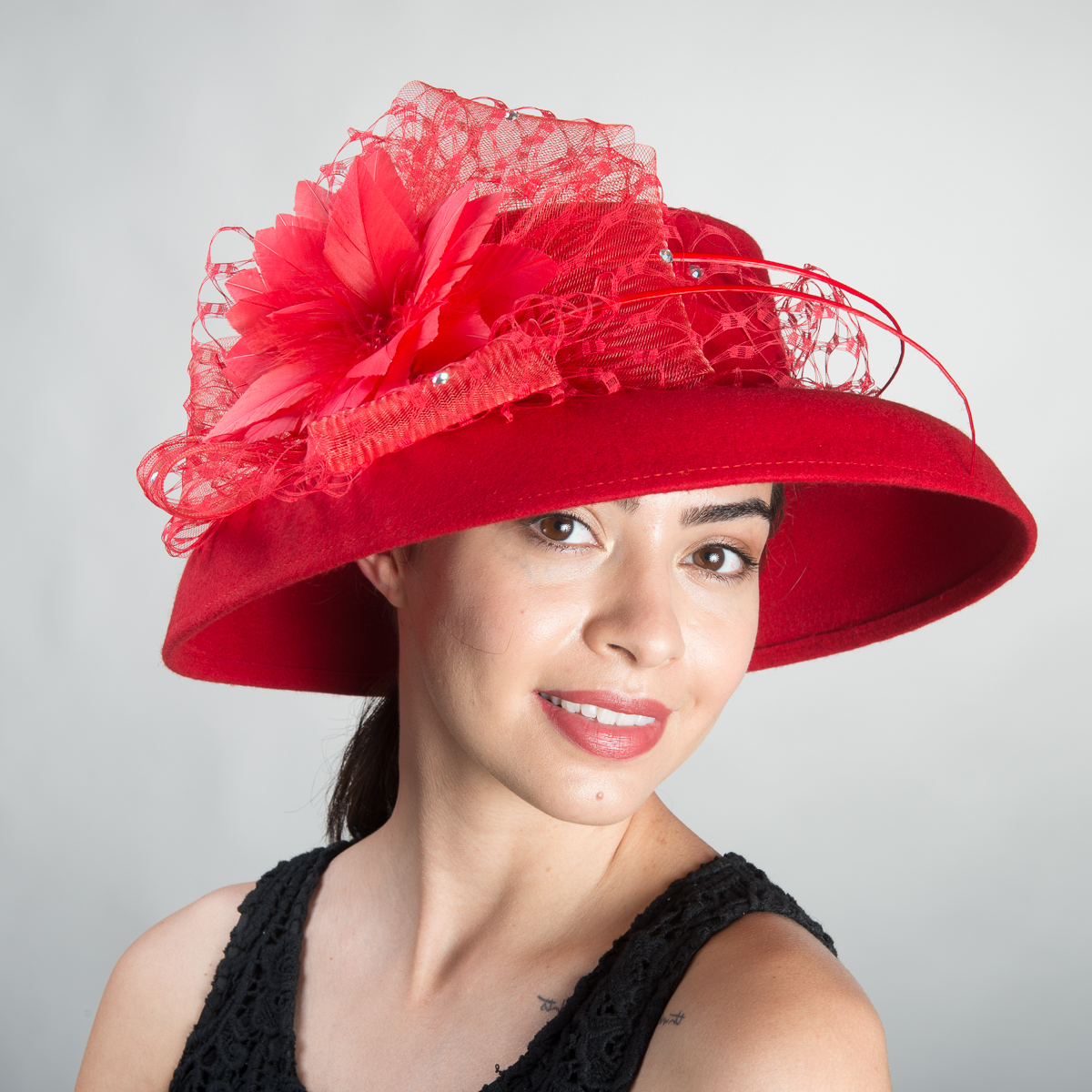 Red Veiled Feather Dome shape Felt Hats