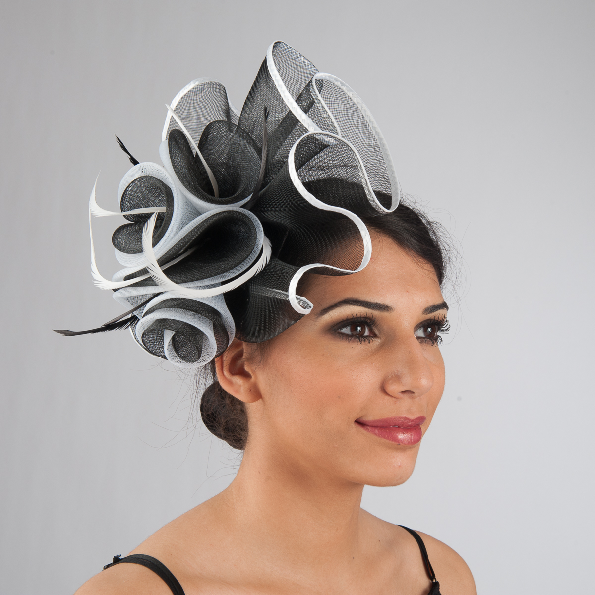 Black-White Crinoline Comb Fascinator Cocktail Hats-5757C-BK.WT- Sun Yorkos   206ccf79a5e