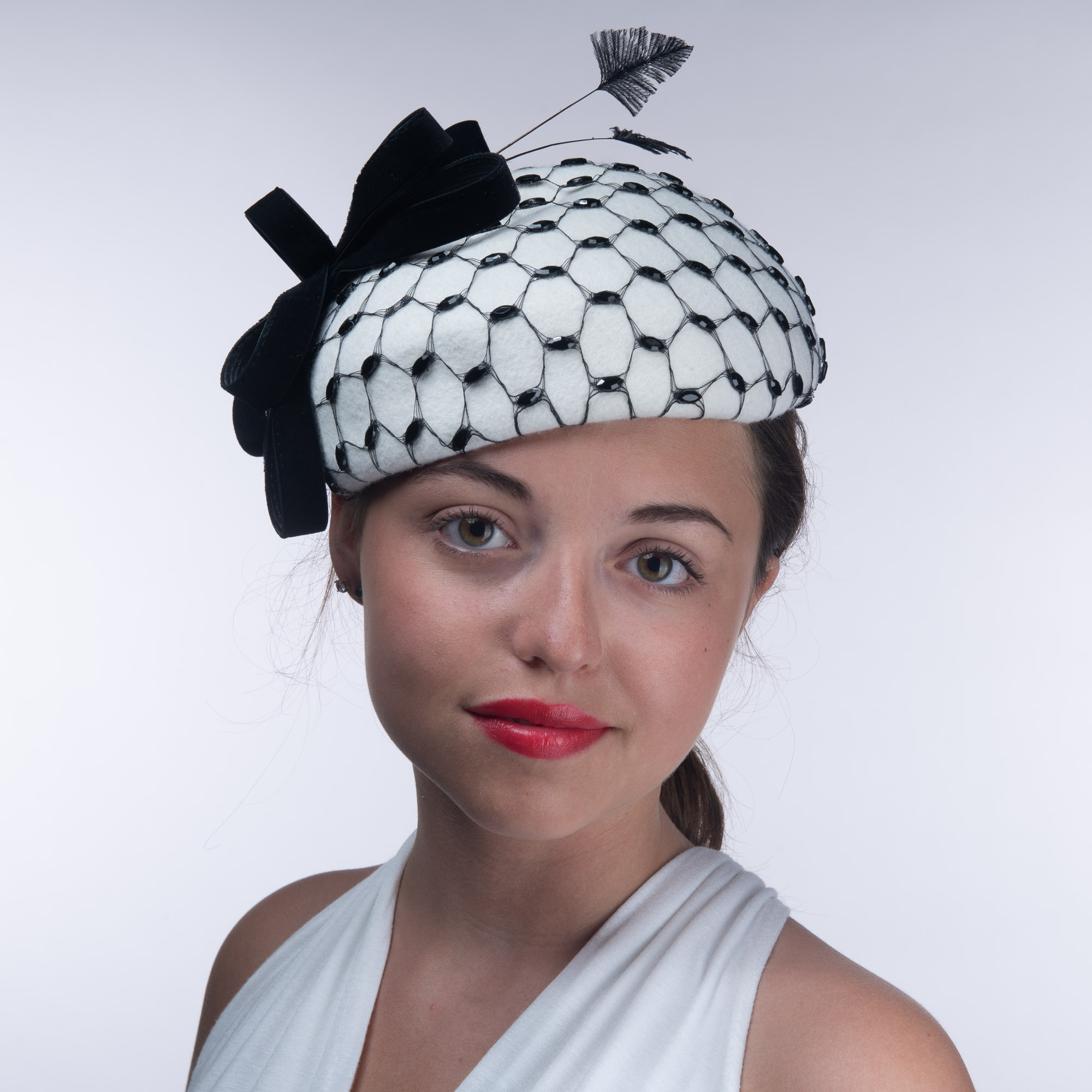 0710d628 Winter White And Black Rhinestone Veil Wool Felt Pillbox Hats - Sun Yorkos  | KaKyco Accessories
