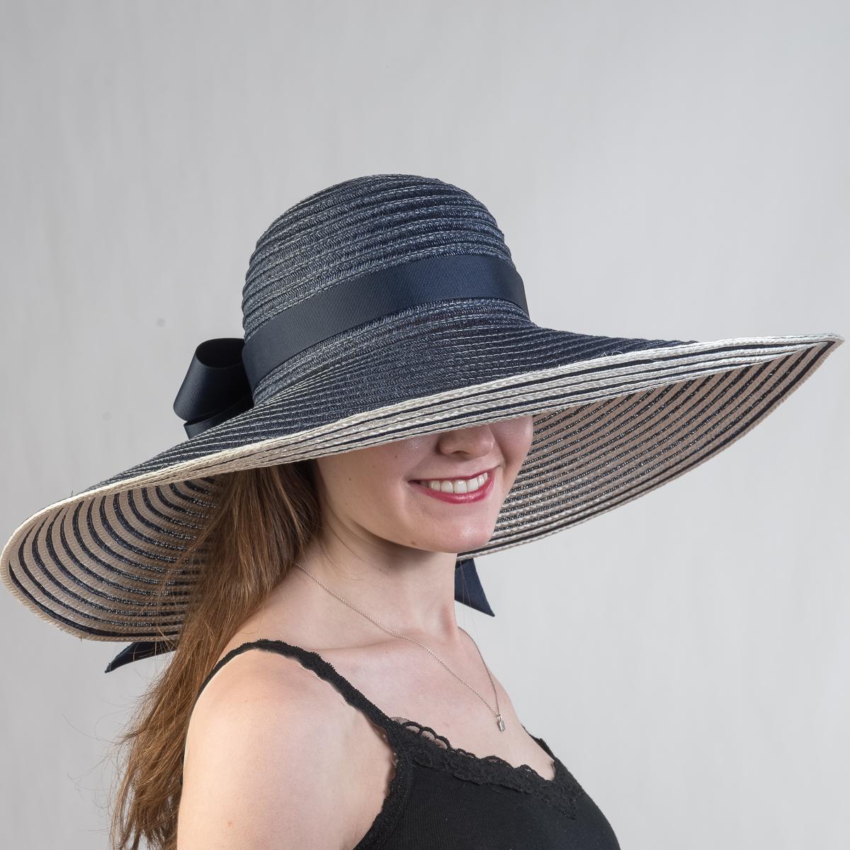 Sun hat size large