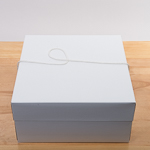 White 14''X14''X7'' Paper Square Hat Box